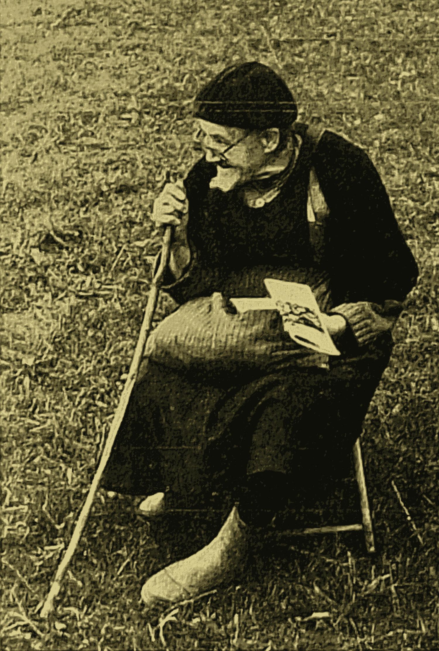 Vieille bergère au champ aux cheubes à Champagné Saint-Hilaire (cliché M. Valière. Octobre 1972)