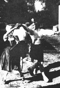 Reconstitution du « bal » (année 70) (Cl. Michel VALIERE)