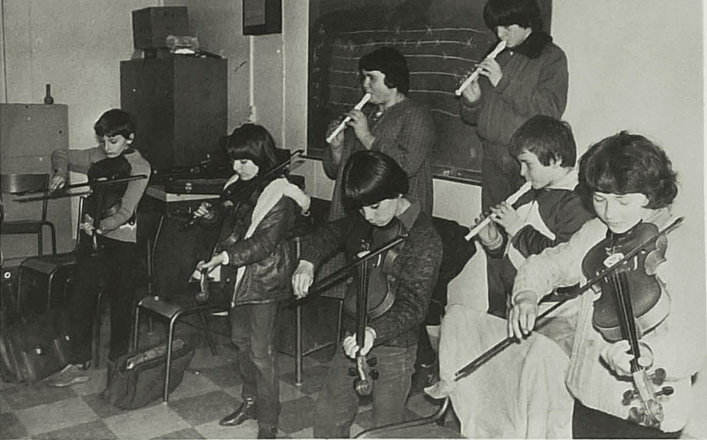 En classe de 6e C. Cliché Charente Libre. Février 1983.
