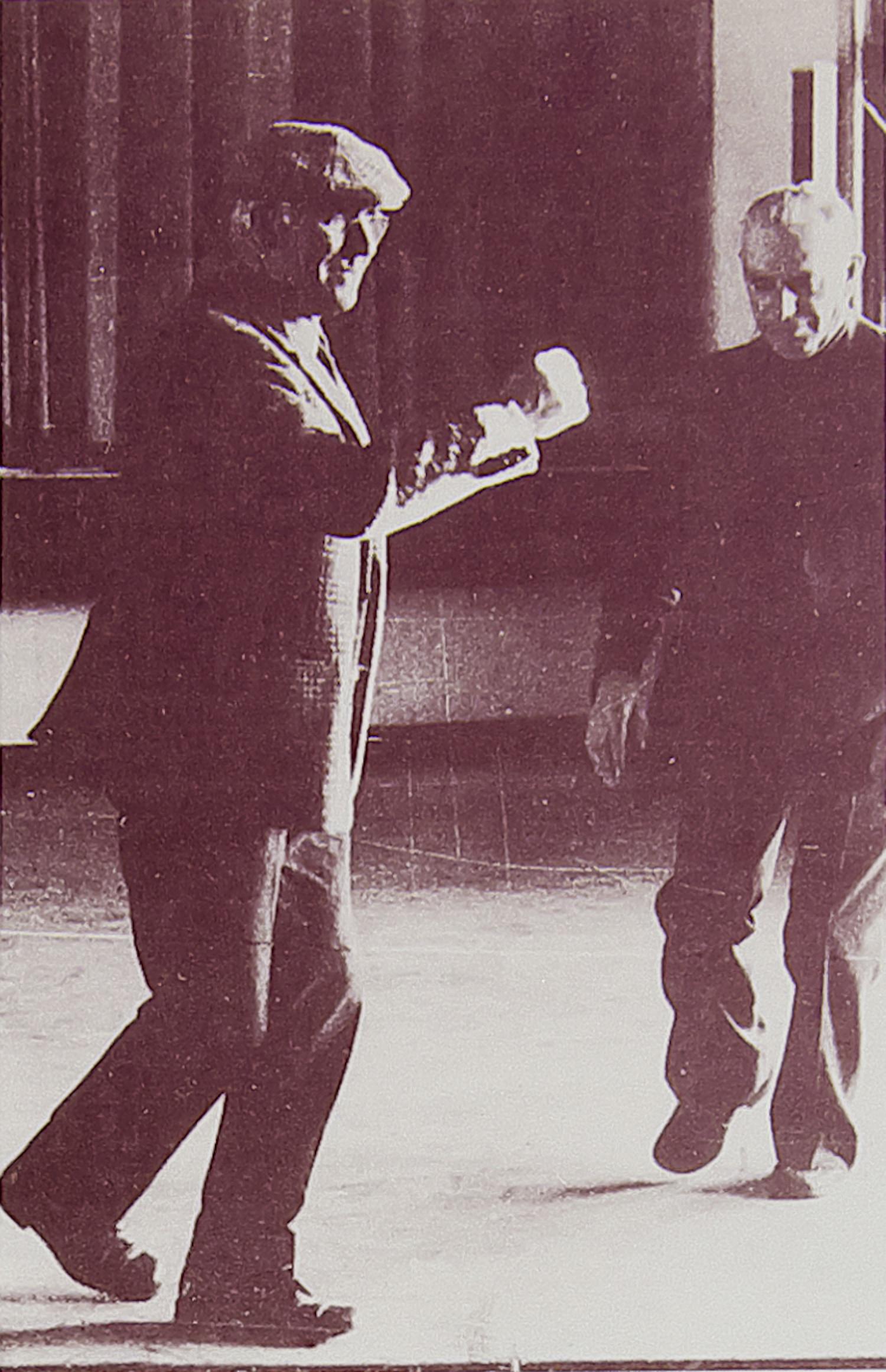 Danseurs de Lacombe [Tarnac]. [François MALTHIEUX à gauche].